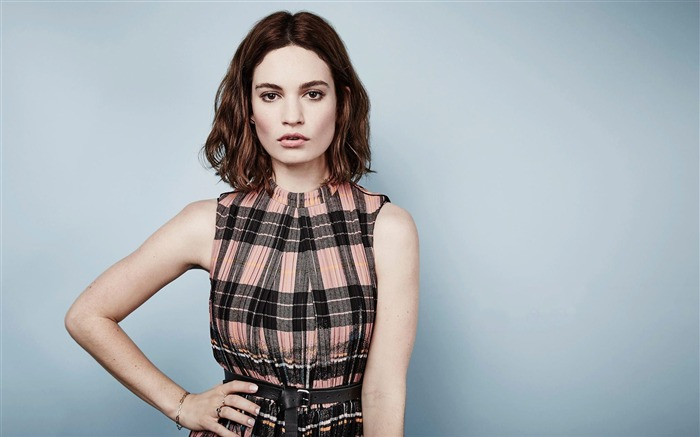 actress lily james-HD Photo Wallpapers Views:4292