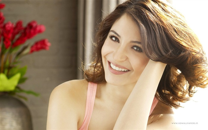 anushka sharma-HD Photo Wallpapers Views:2599