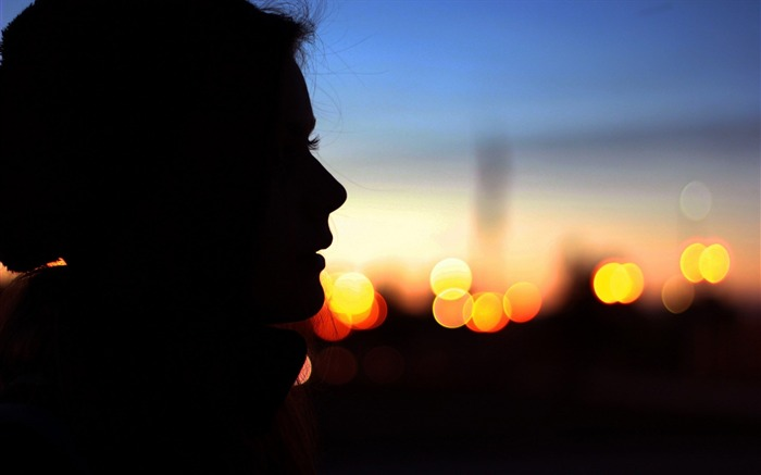 girl profile silhouette evening-Desktop Wallpapers Views:1773