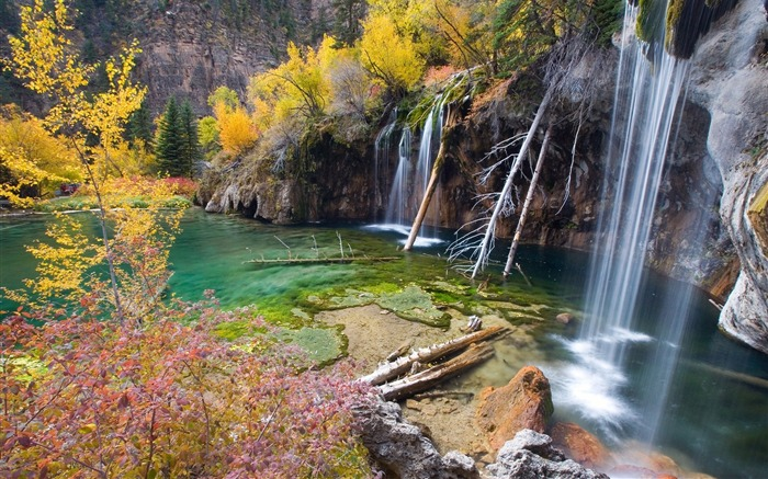 hanging lake glenwood springs-Landscape wallpaper Views:1790