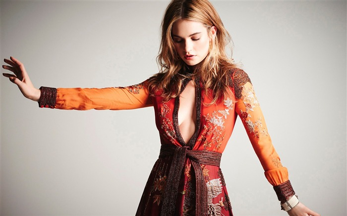 lily james-HD Photo Wallpaper Views:2222