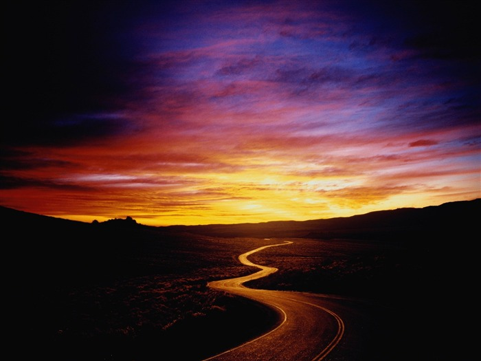 sunset on the road-Landscape wallpaper Views:1734
