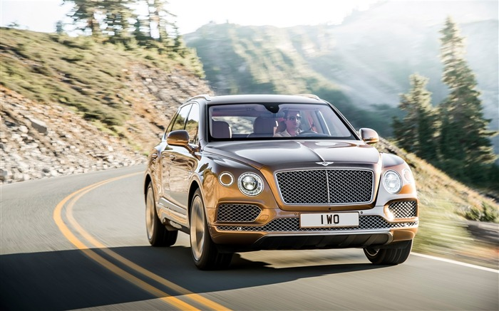 2016 Bentley Bentayga Luxury HD Wallpaper 01