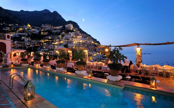 lights in amalfi-Travel Wallpaper Views:2043