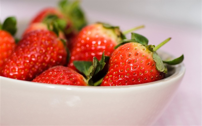 strawberry bowl berry-High Quality Wallpaper Views:912