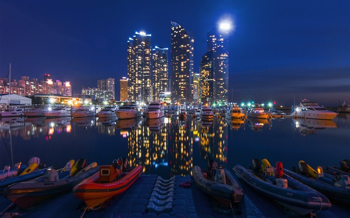 Buildings night sky boats-Cities HD Wallpaper Views:1497