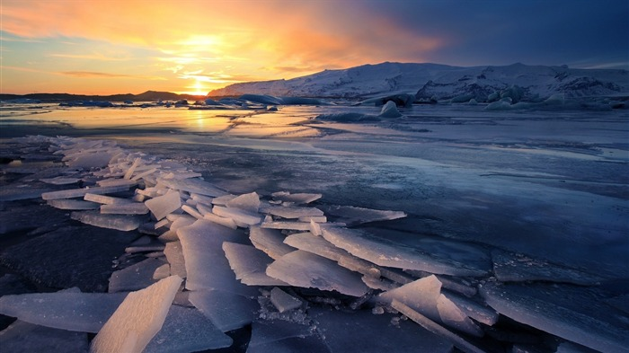 Glacier Sunsets River-scenery HD Wallpaper Views:1303
