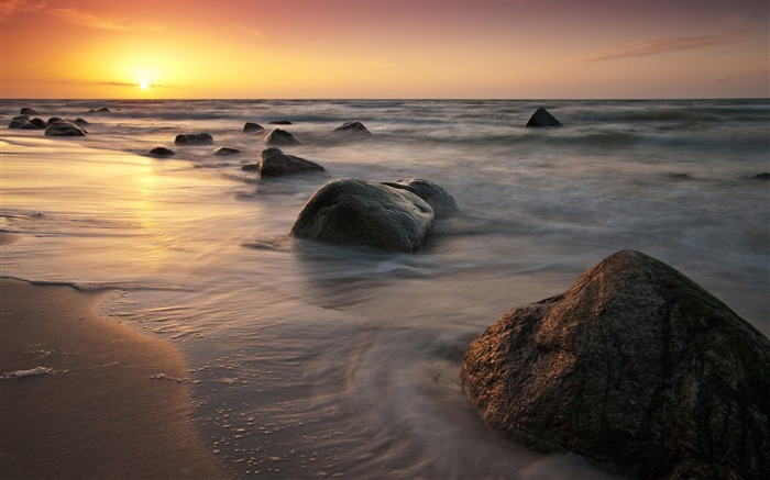 Golden sunset rocks beach-Nature HD Wallpaper Views:1814