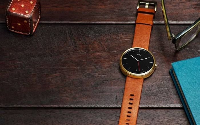 Moto 360 wrist watches-High Quality Wallpapers Views:1760