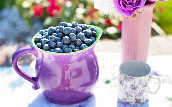 Blueberries pitcher cup-High Quality HD Wallpaper Views:1305