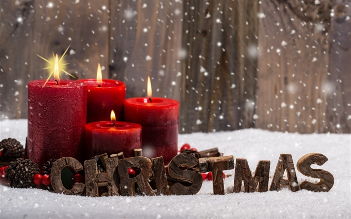 Candles snow-Merry Christmas New YearWallpaper Views:3148