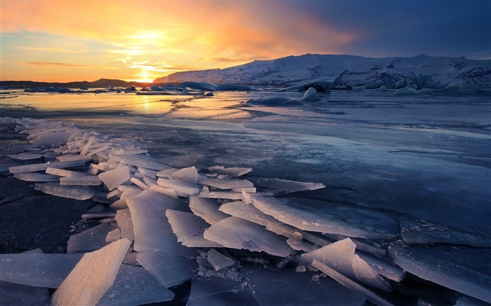 Ice glacier sunsets-Nature theme wallpaper Views:1454
