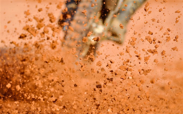 Dust dirt splashing speed-photography HD wallpaper Views:1757