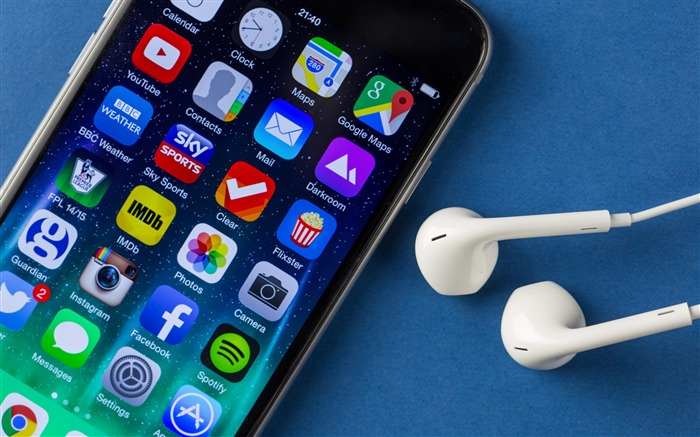 iPhone 6 Apple Headphones-Brand theme wallpaper Views:2196