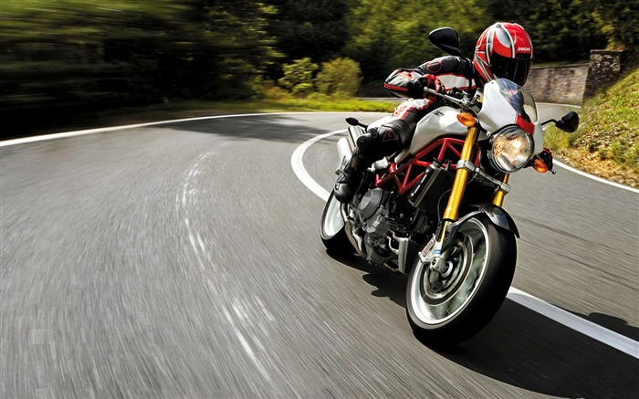Ducati monster s4r rider speed-High Quality HD Wallpaper Views:1868