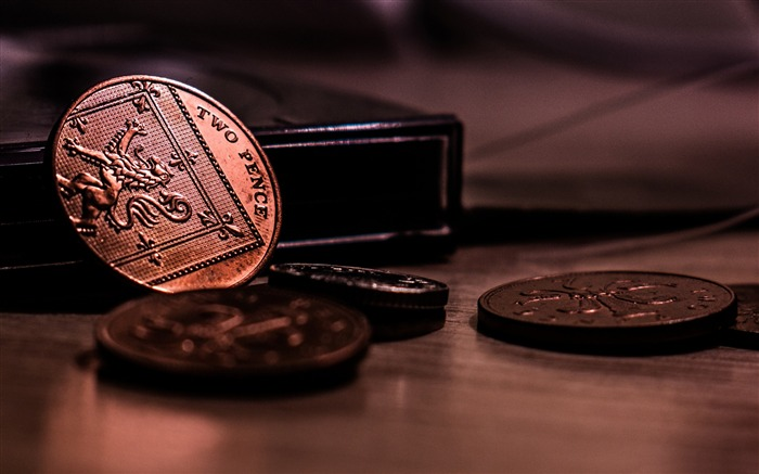 Coins money low light-Macro photo HD Wallpaper Views:1568