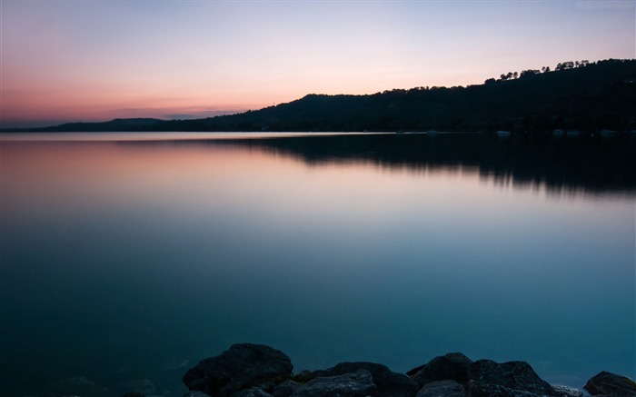 Lake murten sunset-Nature Photo HD Wallpaper Views:1576