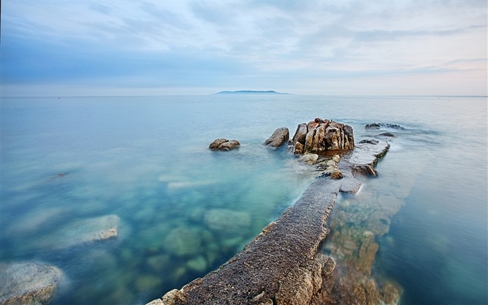 Rocky path to the ocean-Nature Scenery HD Wallpaper Views:1999