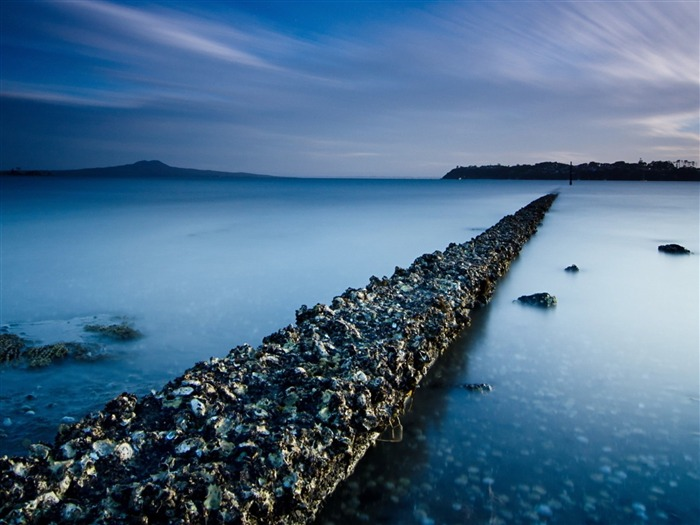 Rocky trail connecting the shores-Nature Scenery HD Wallpaper Views:2035