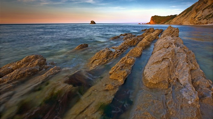 Sharp rocky trail ocean-Nature photography HD wallpaper Views:1179