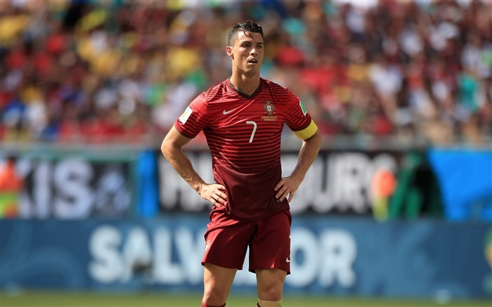 Cristiano Ronaldo-2016 Football Star HD Wallpaper Views:3843