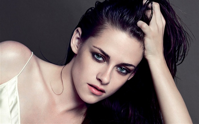 Kristen Stewart 2016-Beauty Photo HD Wallpaper Views:1542