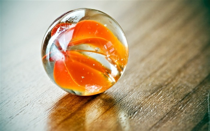 Ball glass shape reflection-Still Life Macro HD Wallpaper Views:1503