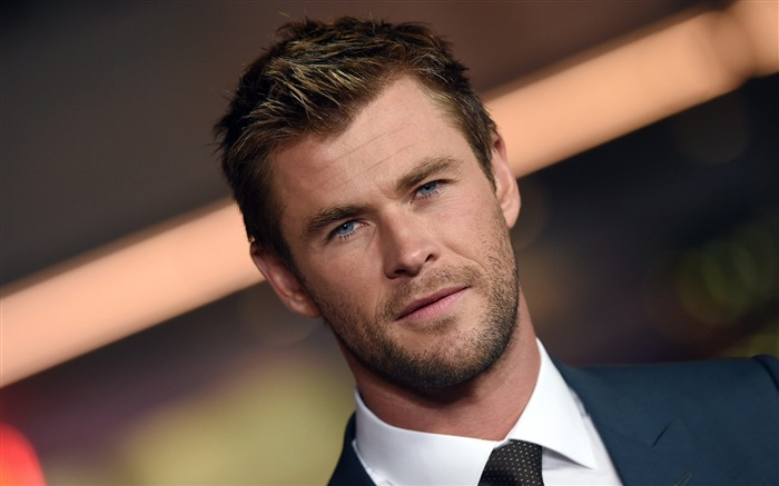 Chris Hemsworth-men actor photo HD wallpaper Views:1396