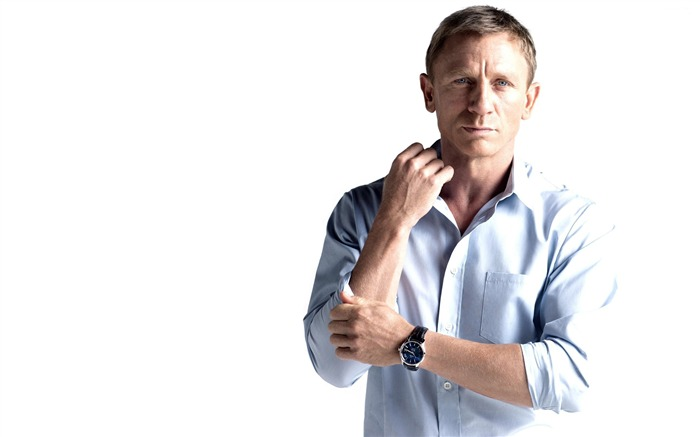 Daniel Craig-men actor photo HD wallpaper Views:2164