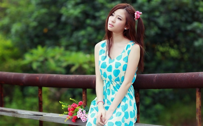 Eastern youth fashion beauty photo HD Wallpaper Views:3397