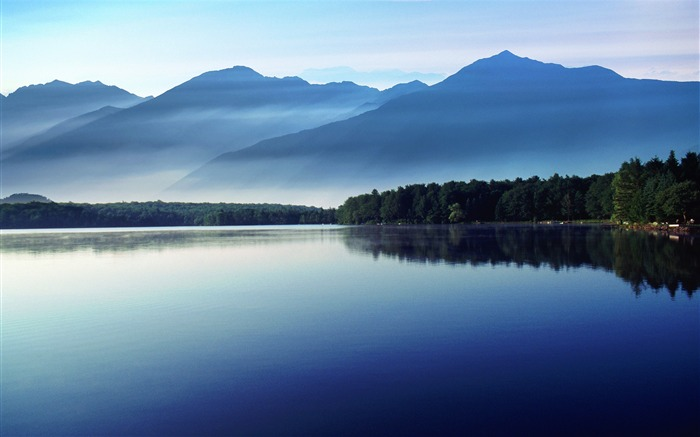 Morning calm lake-Nature Scenery HD Wallpaper Views:2792