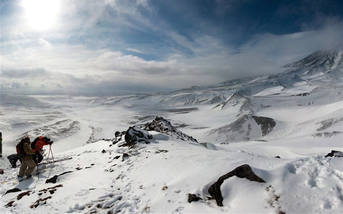 Mountains snow ascension mountaineering-Nature Scenery HD Wallpaper Views:1548