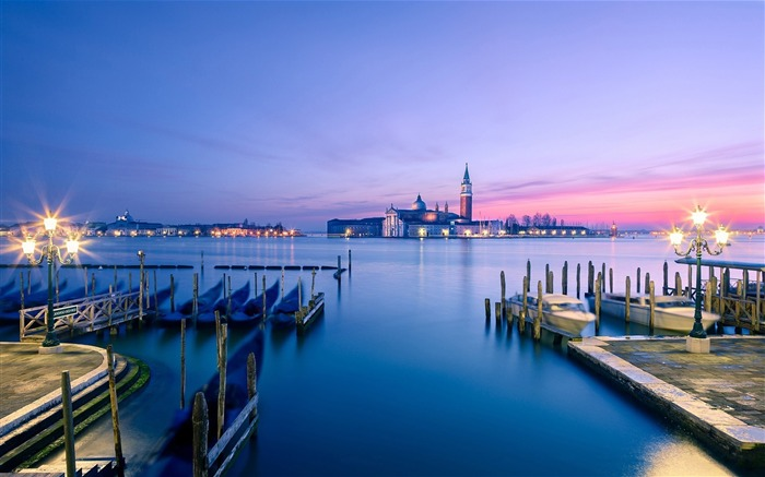 Venice Italy City Travel photography HD wallpaper Views:4122
