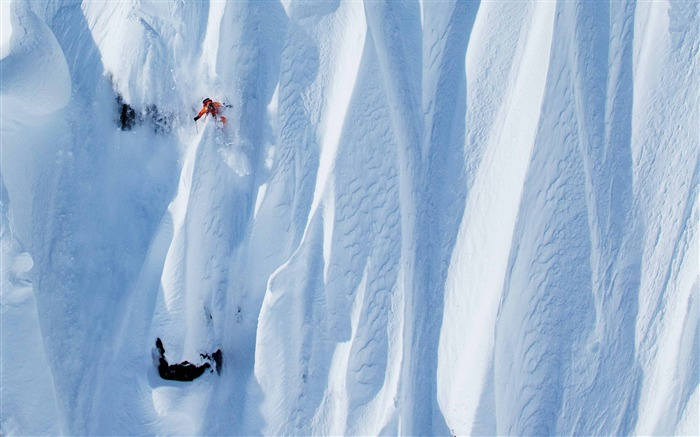 Snow Mountain Snowboarding Extreme HD Wallpaper 11 Views:1087