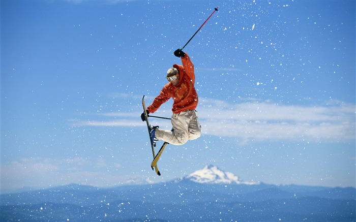 Snow Mountain Snowboarding Extreme HD Wallpaper 15 Views:1430