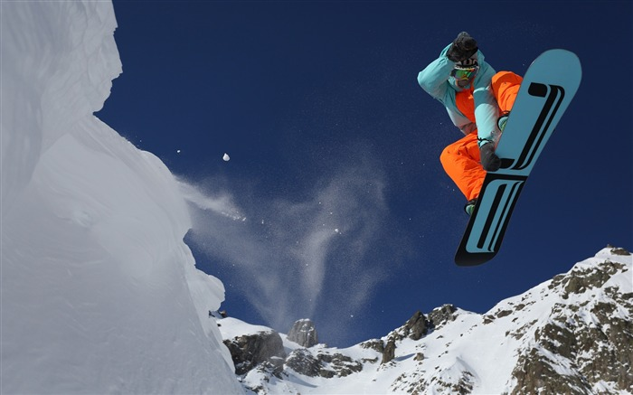 Snow Mountain Snowboarding Extreme HD Wallpaper 16 Views:906