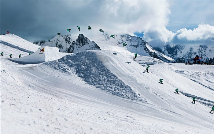 Snow Mountain Snowboarding Extreme HD Wallpaper 17 Views:888
