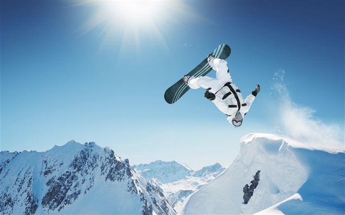 Snow Mountain Snowboarding Extreme HD Wallpaper 18 Views:919
