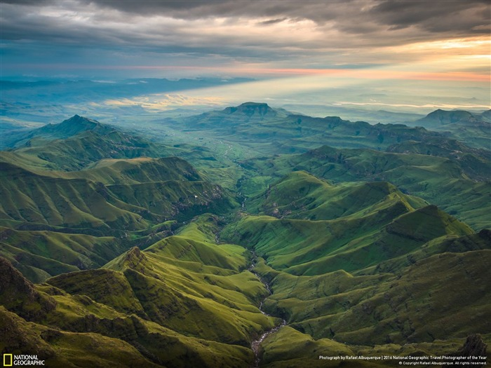 The Secret Valley-2016 National Geographic Wallpaper Views:1439