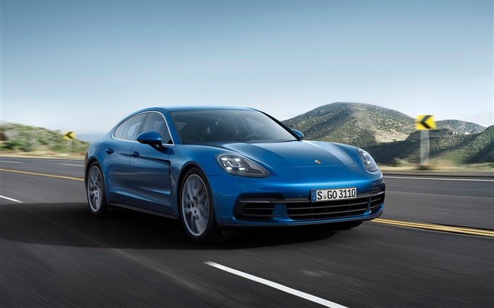 2017 Porsche Panamera-2016 High Quality Wallpaper Views:1745