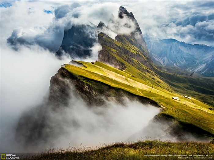 Title:Ortisei Trentino Italy-National Geographic Wallpaper Views:968