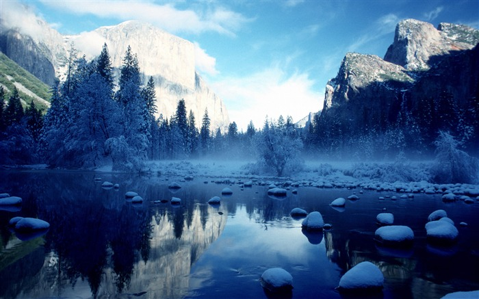 Winter forest river-HD Retina Wallpaper Views:1593