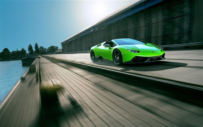 Lamborghini huracan spyder-2016 High Quality Wallpaper Views:1698