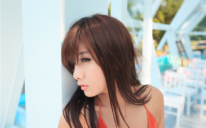 Sexy girl asian hair face-Beauty poster wallpaper Views:1581