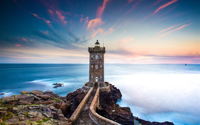 Lighthouse ocean sky clouds-Nature High Quality Wallpaper Views:1101