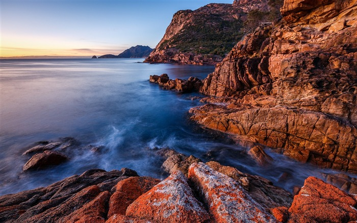 Sea coast rocks cliff-Nature High Quality Wallpaper Views:894