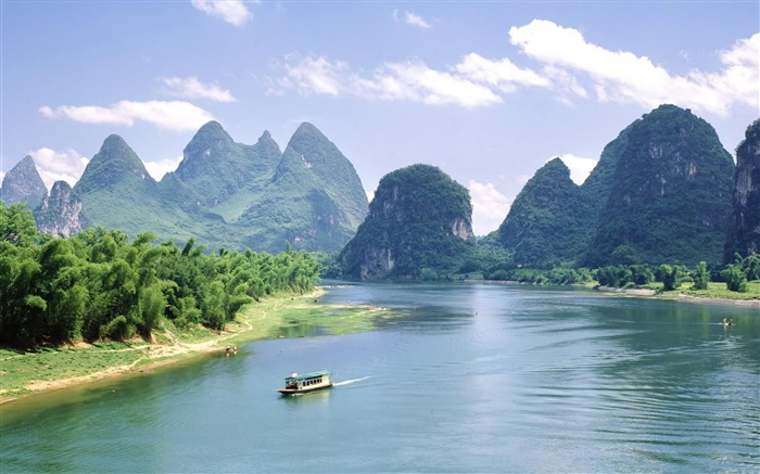 China mountains palm trees river-Scenery High Quality Wallpaper Views:5765 Date:10/23/2016 6:48:21 PM