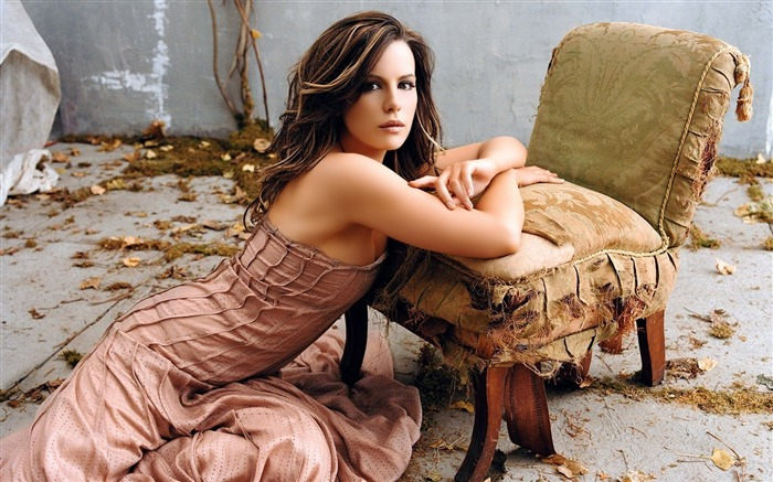 Kate Beckinsale Beautiful-2016 Celebrity HD Wallpaper Views:1360