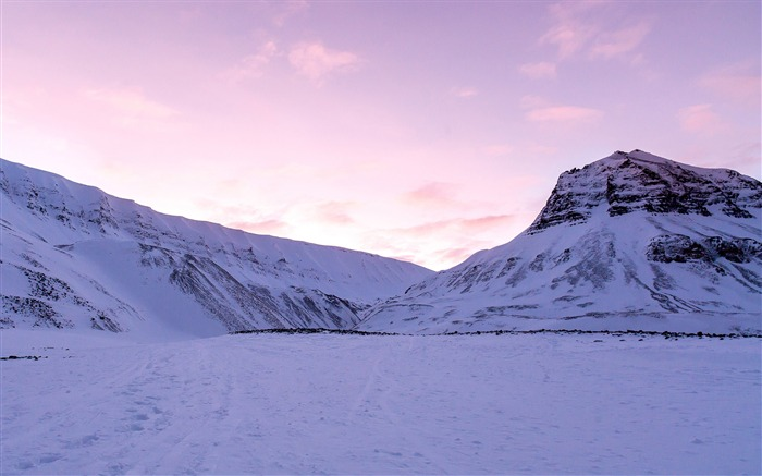 Purple sky over snowy mountains-HD Retina Wallpaper Views:1133