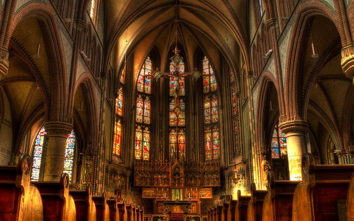 The magnificent Western church-Cities Corner HD Wallpaper Views:534